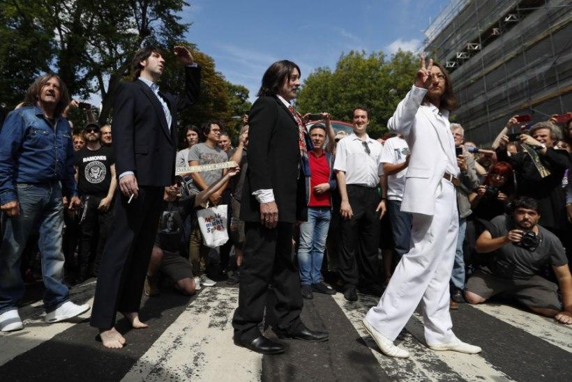 The Beatlesi fännid tähistasid kuulsa foto 50. aastapäeva