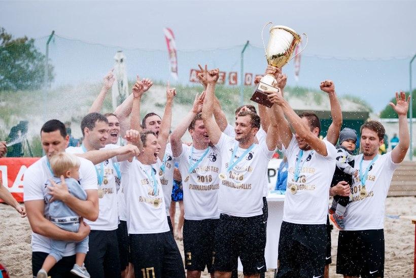 JÄRELVAADATAV | Intriigirohkel rannajalgpallietapil selgusid klubid, kes selgitavad Eesti meistri
