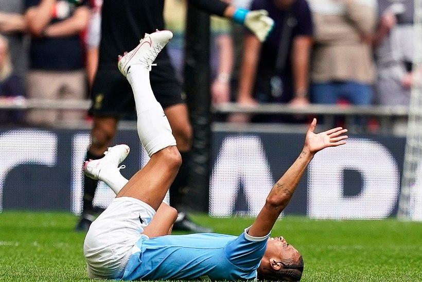 KARM: põlve vigastanud Manchester City staar peab operatsioonile minema