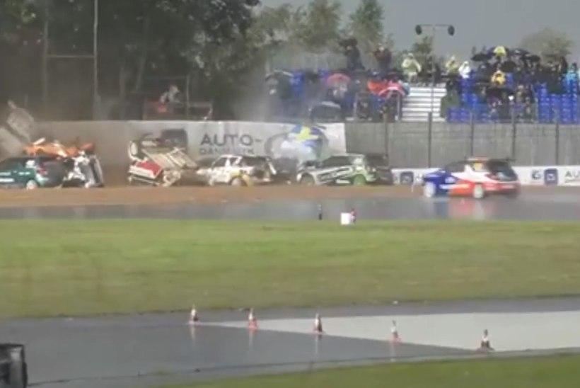 VIDEO | Vihmasadu põhjustas Taani ringrajasõidus ebareaalse massiavarii
