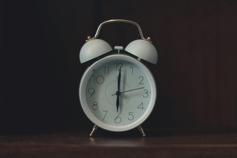 KAS PUHKASID VÄLJA? Vaata, mida teeb halvasti magatud öö su kehakaaluga