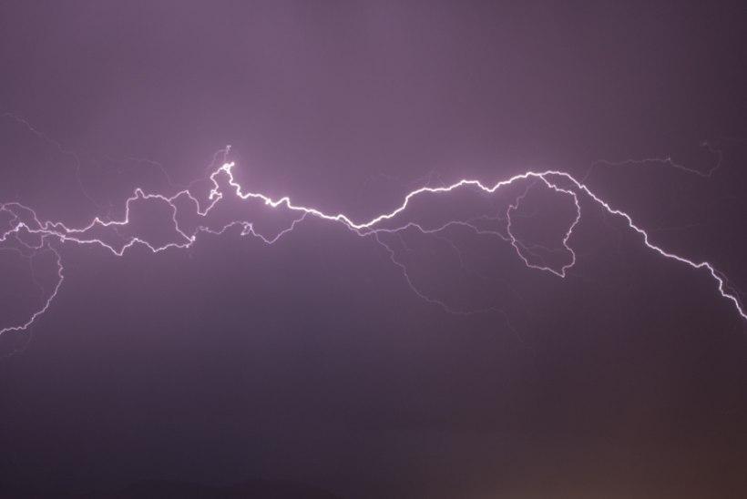 AVESTA | Teisipäev, 17. september: suurt rõõmu ennustab sinu kohal lööv välk