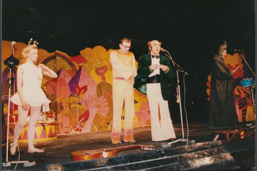 Seasaare kõrtsis alustanud Ugala teater võõrustab 100. hooajal vabariigi aastapäeva vastuvõttu