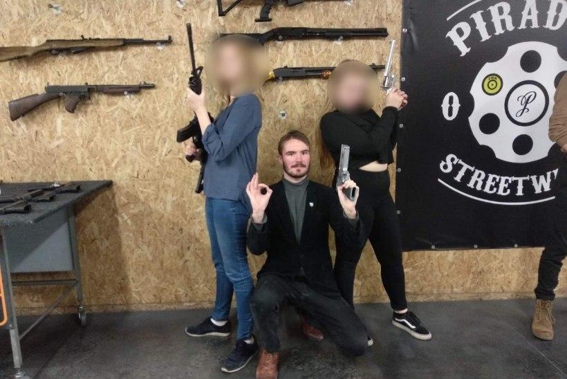 VIDEO | EKRE-noored käivad Ruuben Kaalepiga lasketiirus kõmmutamas ja levitavad endist häirivaid pilte koos relvadega