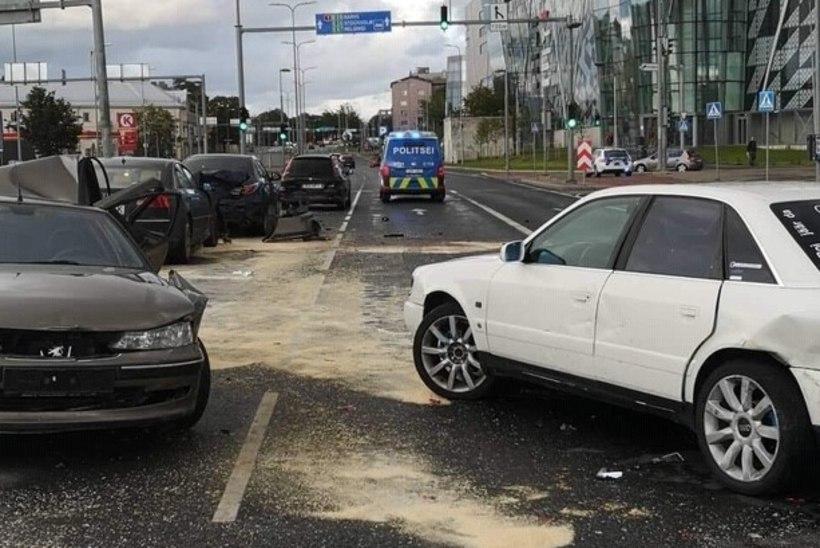 Peterburi teel kolme vigastatuga avarii põhjustanud Martin võeti vahi alla