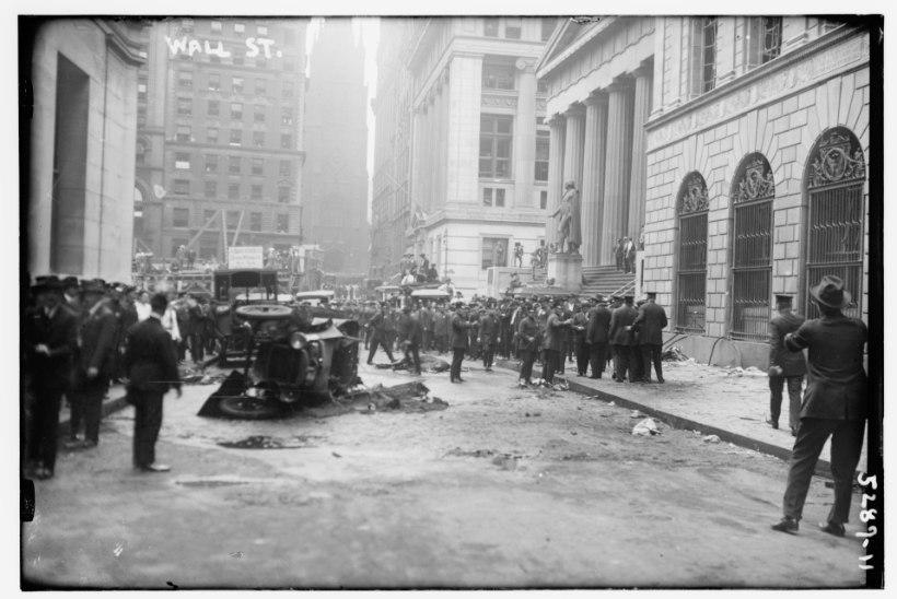 MINEVIKUHETK | 16. september: Wall Streetil toimus pommirünnak, mille lahendamine käis ametivõimudele üle jõu
