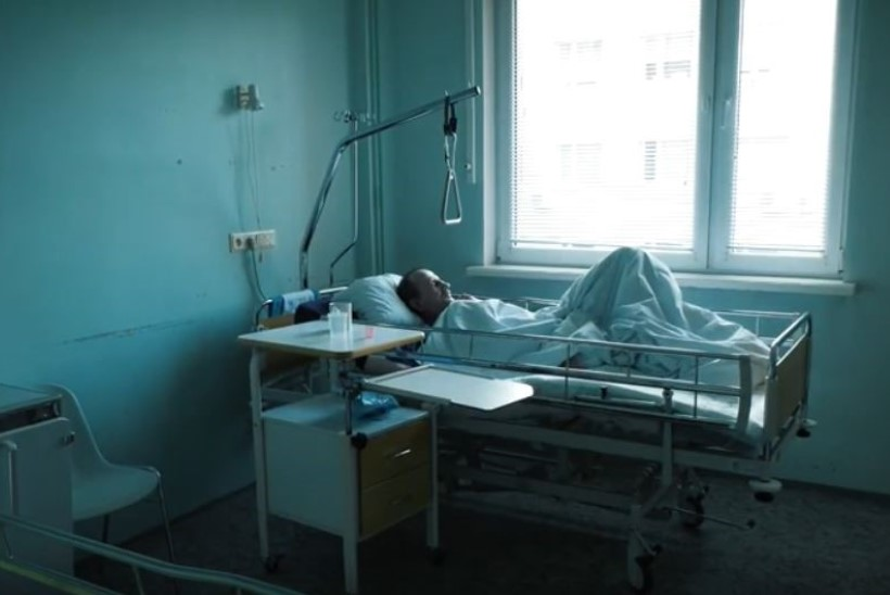 Mees kaotas jala haiglatöötajate hooletuse tõttu