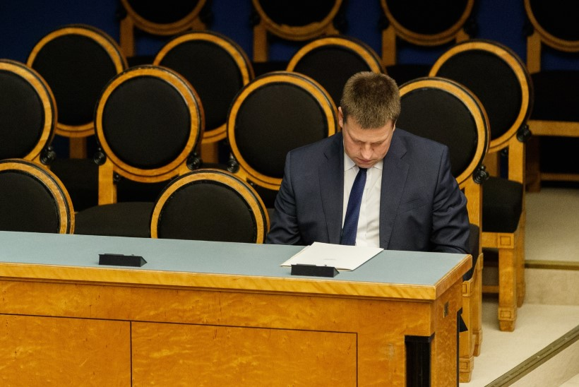 Opositsioon boikoteeris riigikogu infotunnis peaministrit