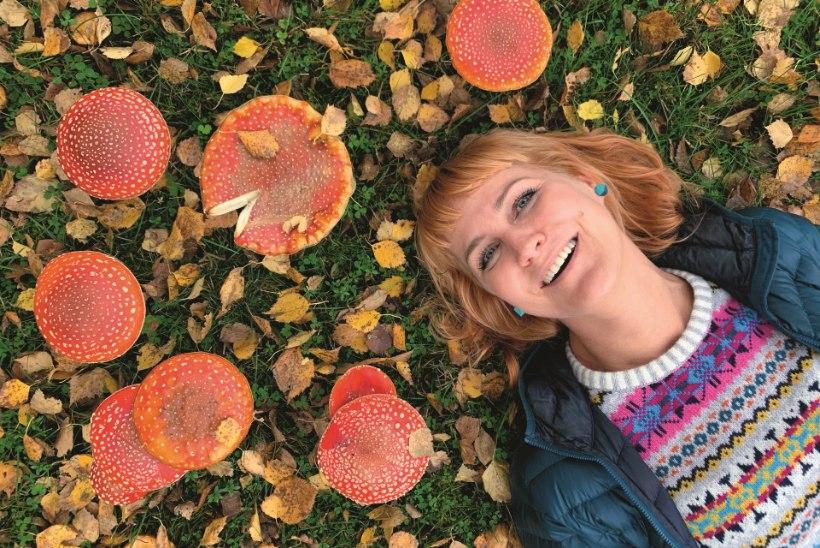 KOSUTAV MATKATOIT: koorene kukeseenesupp mõnusa värske kraamiga