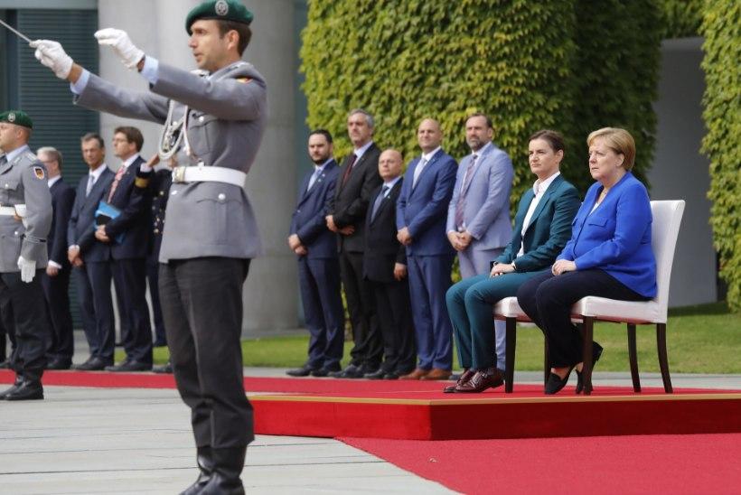 BILD: millal Merkel lõpuks selgitab, mis temaga lahti on?
