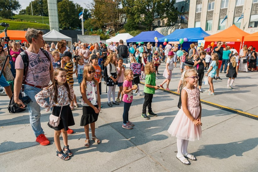 ÕL VIDEO | Tallinna koolijütsid tähistasid koolitee algust