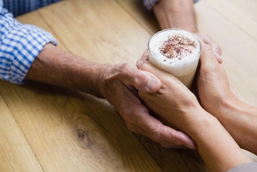 Naine küsib nõu: mees käib eksiga kohvikus, mida teha?