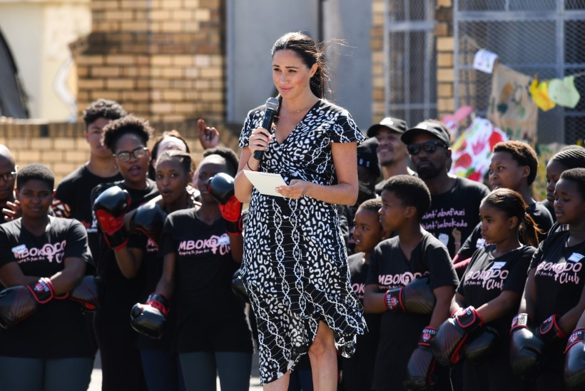 "Hertsoginna Meghan aafriklastele: ""Olen teie õde!"""