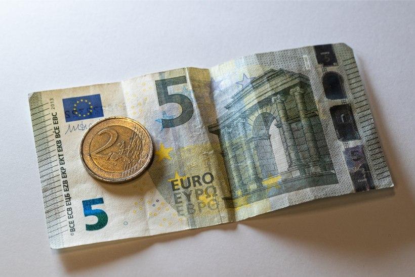 PENSIONÄRID, TÄHELEPANU! Mida saab erakorralise pensionitõusu ehk seitsme euro eest?