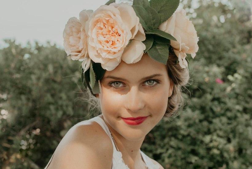PULMANIPID | Kaunista juuksed isetehtud roosipärjaga!
