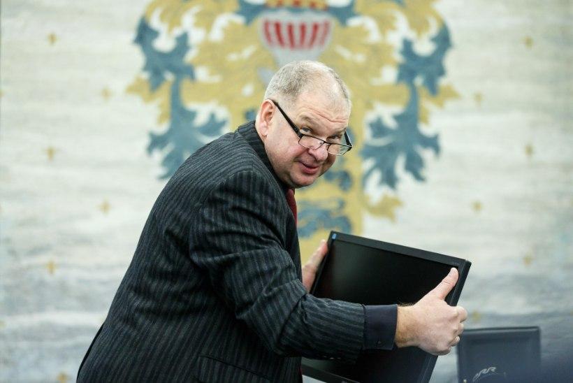 ÕL VIDEO JA FOTOD | KÕLVARTI RAUDNE RUSIKAS: Tallinna Televisioon pannakse oktoobrist kinni