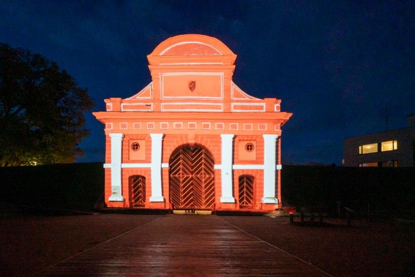Pärnu vanalinn täitub valgusinstallatsioonidega