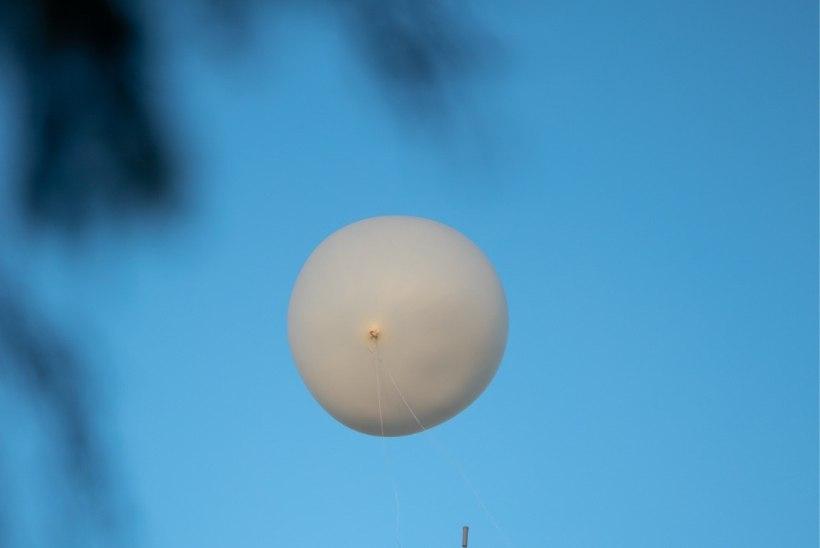 FOTOD | Õhupall korstna otsas: Teadlaste öö festival sai silmatorkava alguse