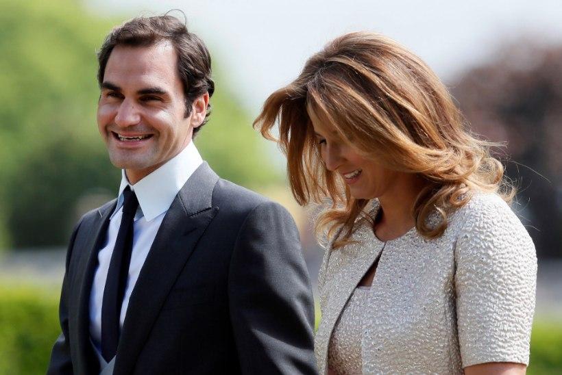 Tenniselegend Roger Federer avalikustas, miks ta eelistab reisida koos ema või abikaasaga