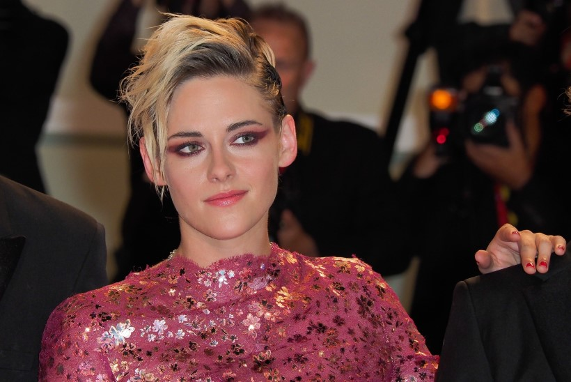 Kristen Stewartit hoiatati, et lesbisuhted rikuvad tema karjääri