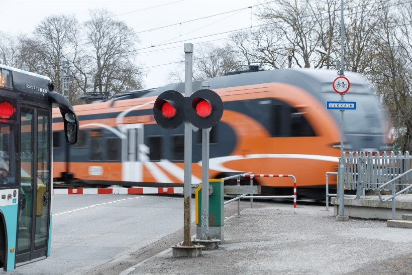 Juhtkiri   Mis pidurdaks rongi ette jooksjat?