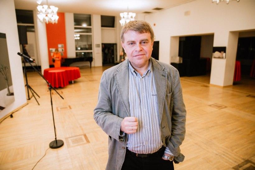 """Andrus Kivirähk oma uuest raamatust: """"Eesti kirjanik võikski kirjutada eestlastest."""""""