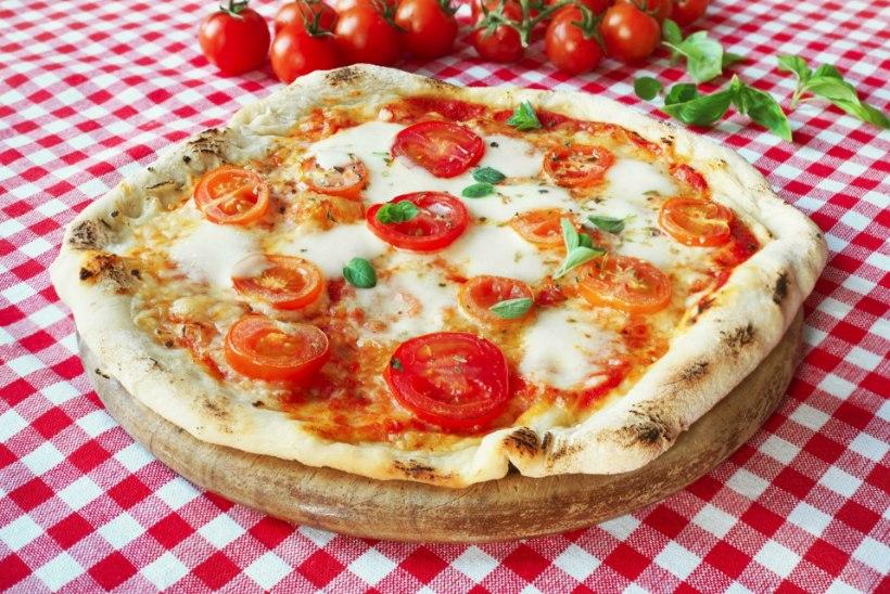 Lugeja küsib: mida teeksid pitsaga, mille põhi on täiesti toores?