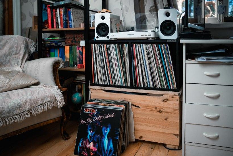 KIRGLIKUD VINÜÜLIFÄNNID: vanemat muusikat nautivad noored usuvad, et on sündinud valel ajastul