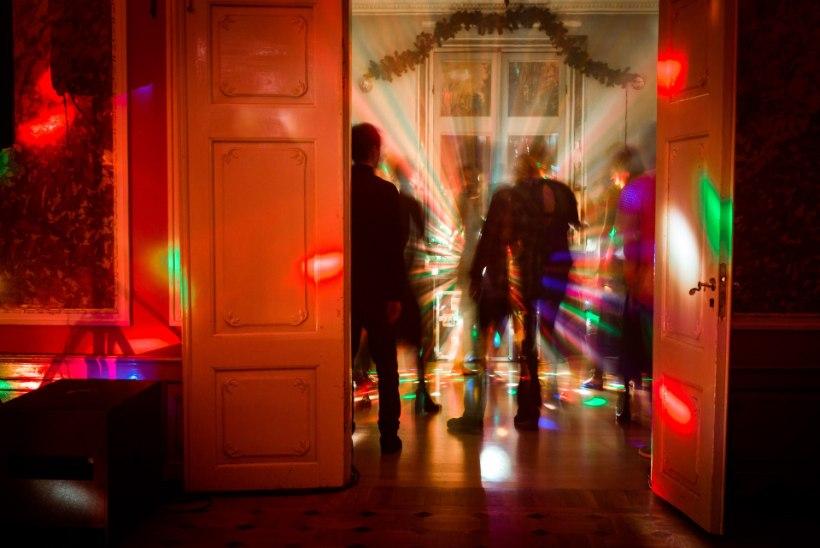 Kui keeruline või lihtne on tantsitada eestlast ekstaasi alkoholivabal peol?