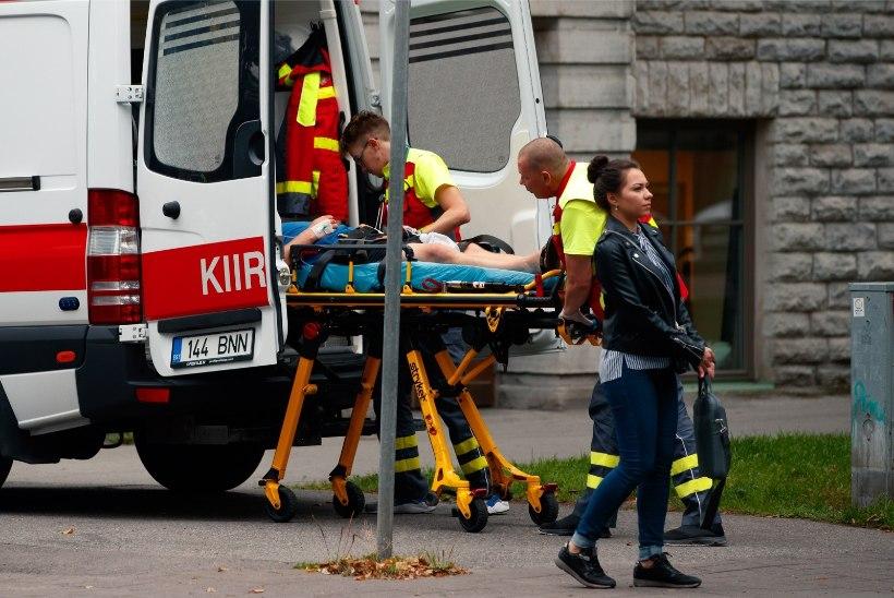 VIDEO | KARM ÕNNETUS: Lasnamäel sai autoõnnetuses viga kaks last ja kolm täiskasvanut