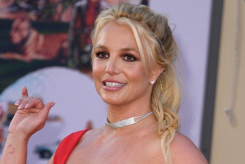 Britney psühhiaater, kelle tegevust uuriti, suri ootamatult