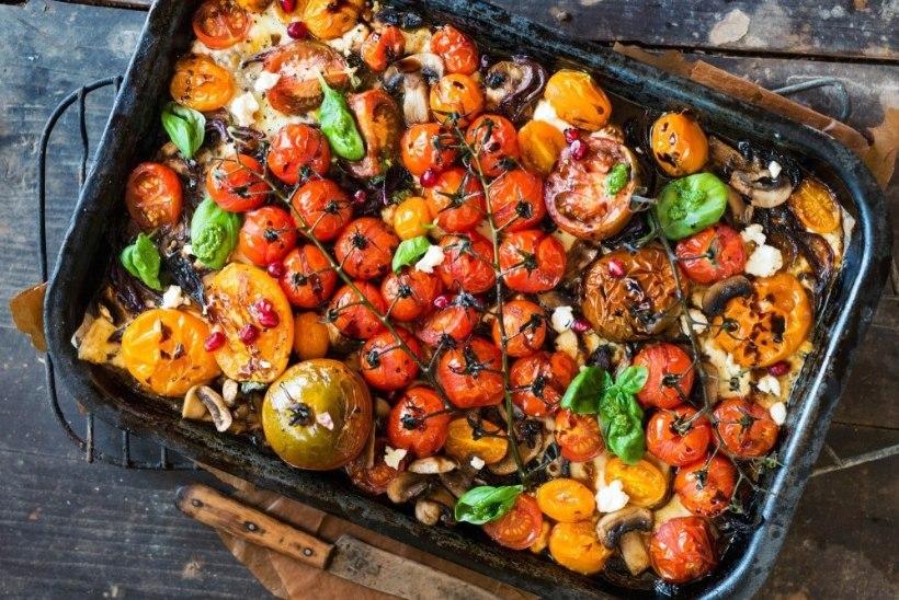 Tomatiaeg on täies hoos: 3 imemaitsvat rooga tomatitest