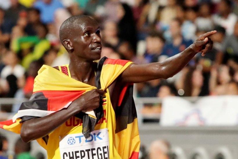 Keenia pikamaajooksja uuendas maailmarekordit