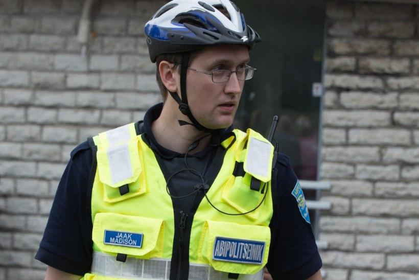 Jaak Madison jätkab tööd abipolitseinikuna: sisekontrolli kohaselt ta ei lekitanud infot Hannes Rummi purjuspäisõidu kohta