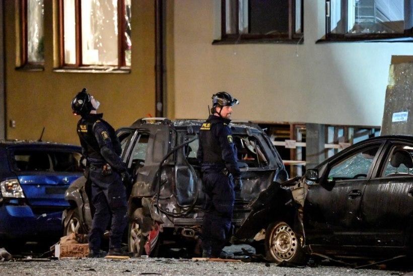 NAGU SÕJAS: Rootsis plahvatasid taas pommid