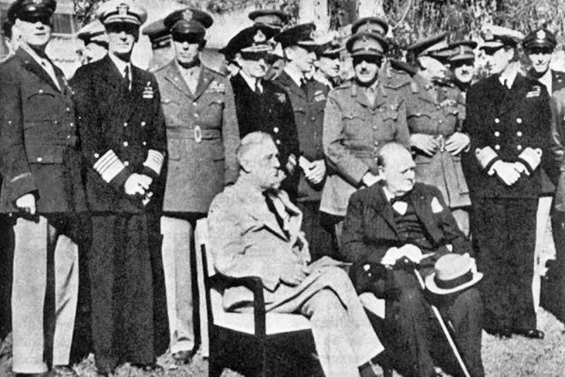 MINEVIKUHETK | 14. jaanuar: Maroko hotellis toimus liitlaste tippkohtumine