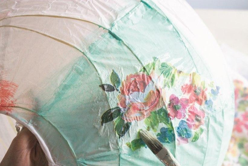 Nutikas taaskasutus: purunenud paberlambist saab kaunis sisustuselement