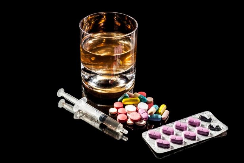 OHTLIKUD PAARID! Koos nende ravimitega ei tohi mingil juhul alkoholi juua!