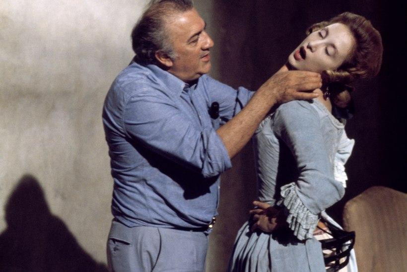 Federico Fellinit lummasid tsirkuse sära ja traagika