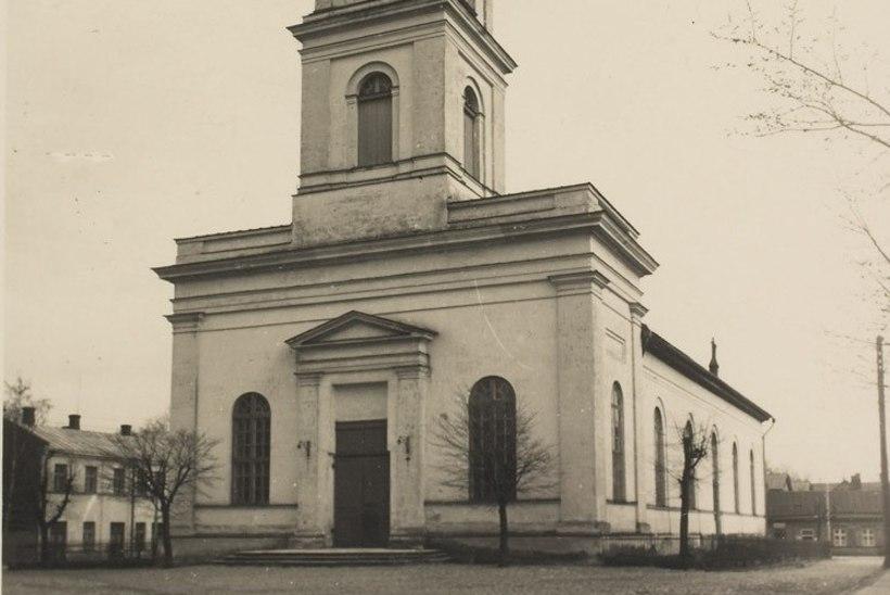 Täna ajaloos: pühitseti sisse Tartu Maarja kirik