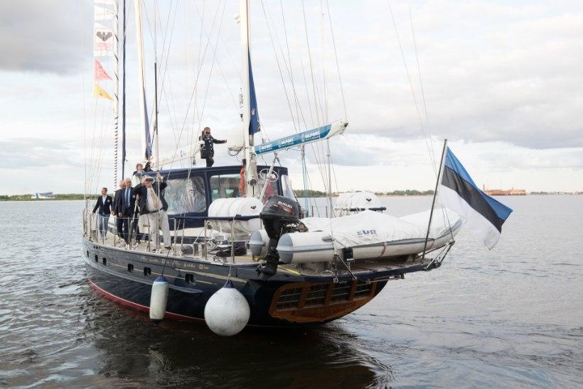 TURISTIHORDID ANTARKTIKAS: kuidas mõjub jääväljadele president Kaljulaidi ja Admiral Bellingshauseni meeskonna külastus?