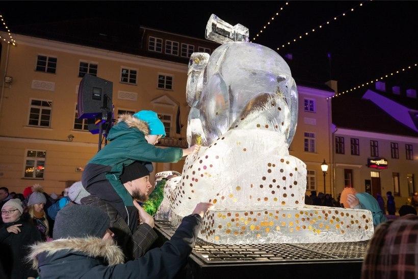 GALERII |Tartu tähistas alanud valge metallroti aastat jääroti avamisega