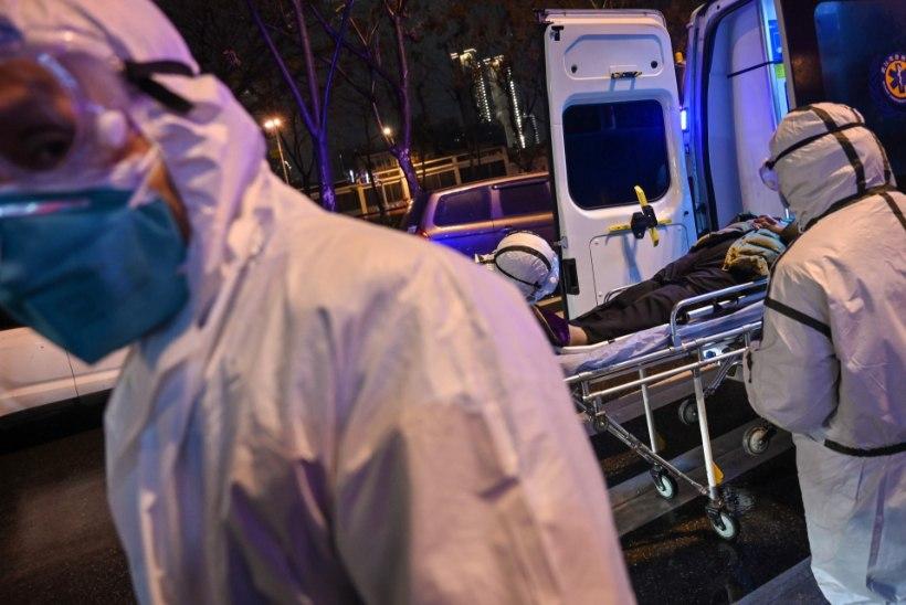 VIDEO JA FOTOD | Hirmsad kaadrid Hiinast: ülerahvastatud haiglad, koridoris lebavad surnukehad ja minestavad haiged