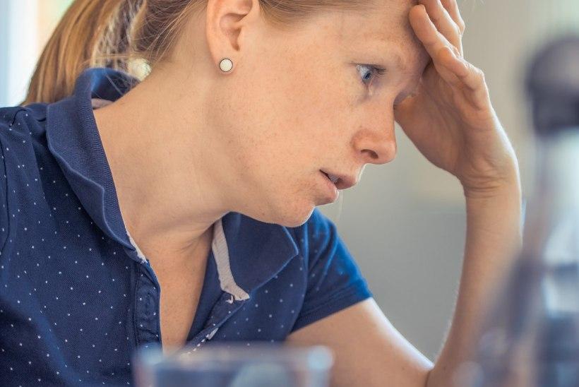 Lugeja küsib: mida teha, kui kolleeg käib pidevalt haigena tööl?