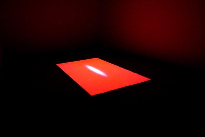 FOTOD | Norra kunstniku valgusinstallatsioon Kai kunstikeskuses püüab pilke