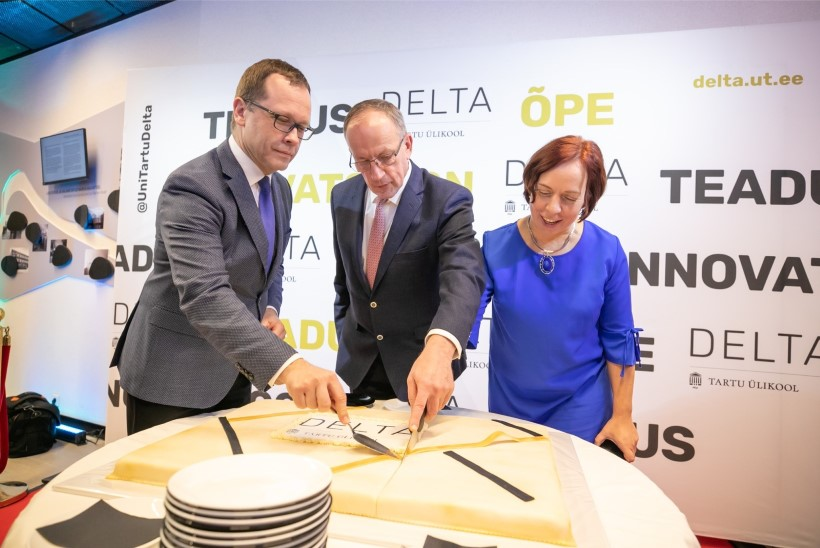 Lipud ja trummipõrin: Tartu ülikool seab vastavatud Delta keskusele suured ootused