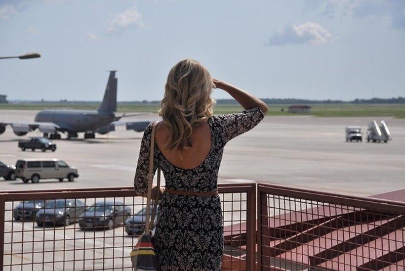 Šokeeritud reisija: stjuuard ütles, et ma ei tohi sellise riietusega lennukipardale tulla!
