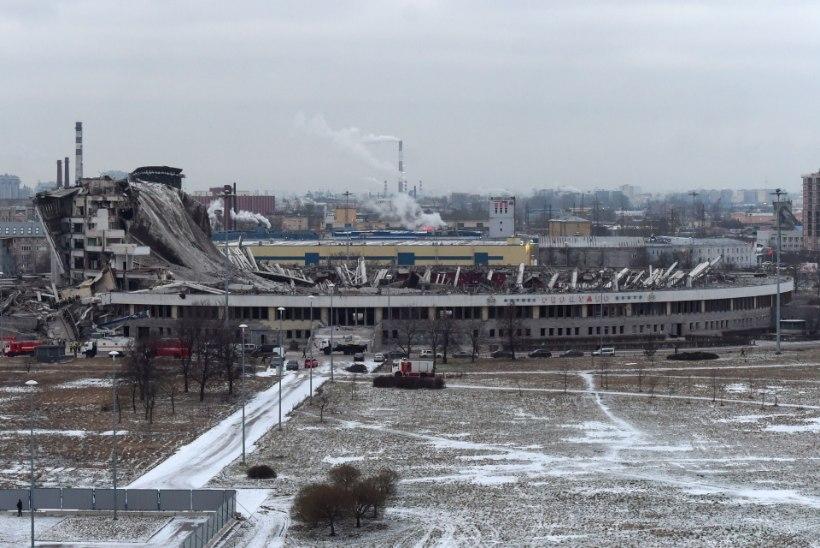 ÕÕVASTAV VIDEO | Kuulsa Peterburi areeni varingus hukkus tööline