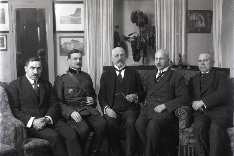 TARTU RAHU 100: venelaste kaitse murdsid Poska tarkus ja Napoleoni konjak
