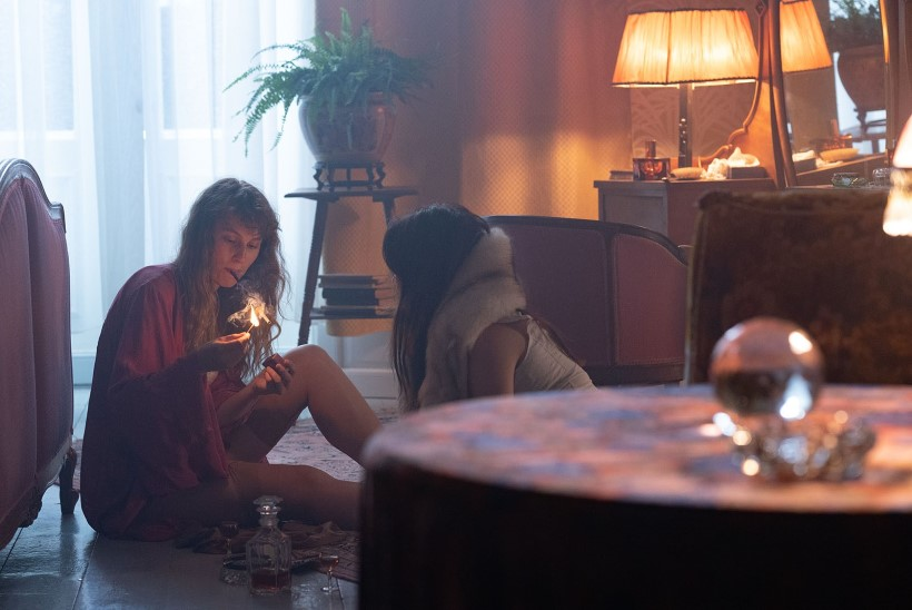"Vaata unenäolist interjööride galeriid filmi ""Maria paradiis"" võtteplatsilt"